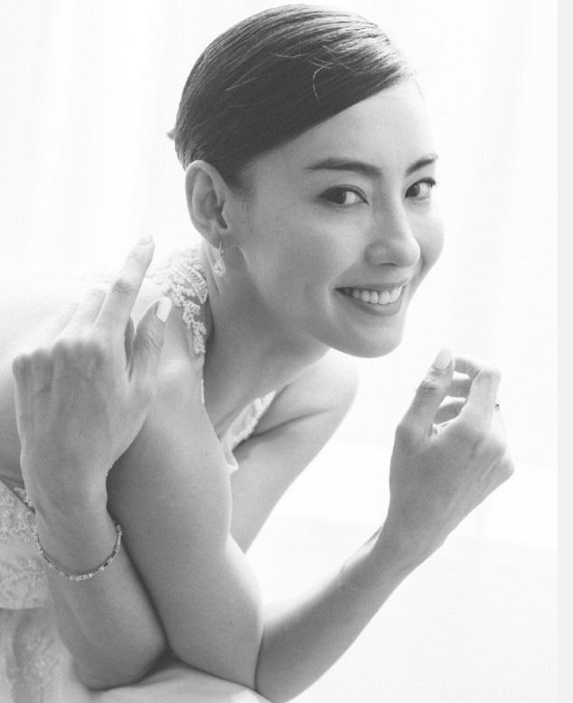 Trương Bá Chi lộ ảnh cưới, đang chuẩn bị tiến hành hôn lễ với bạn trai là diễn viên nổi tiếng?-2