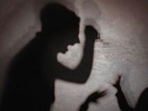 Cô gái Việt bị người quen Hàn Quốc đánh đập trên đường, truy đuổi và đâm chết trên xe buýt ngay trước mặt các hành khách