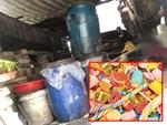 Đột kích cơ sở chế biến ô mai trong… nhà vệ sinh để tung ra thị trường bán dịp Tết-5
