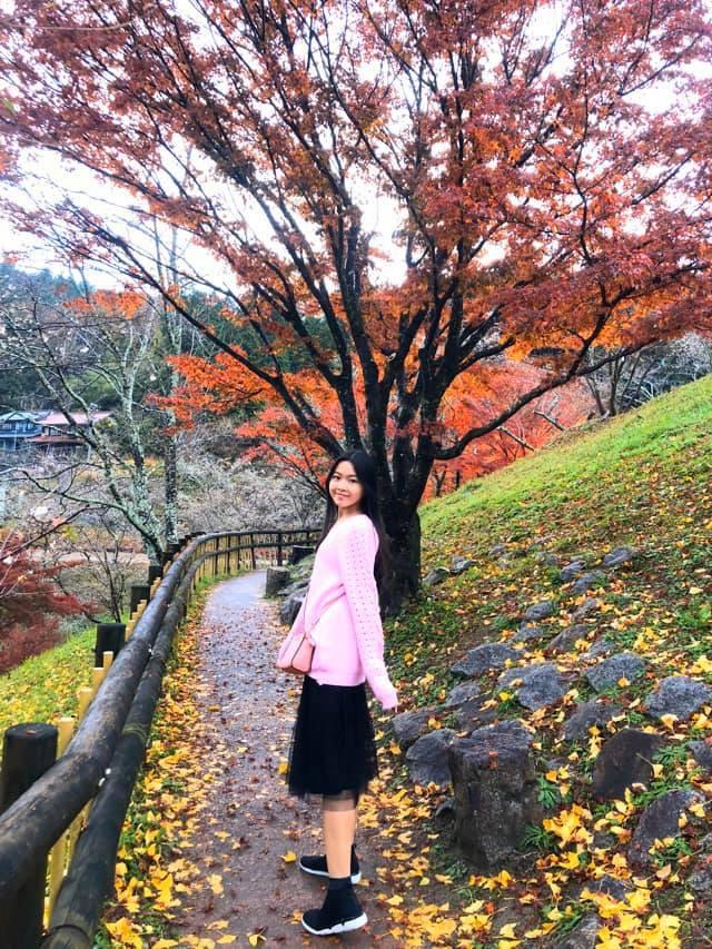 2 công chúa nhà Quyền Linh: Cô chị ra dáng Hoa hậu, cô em cũng cao lớn vượt trội chuẩn mỹ nhân Vbiz tương lai-2