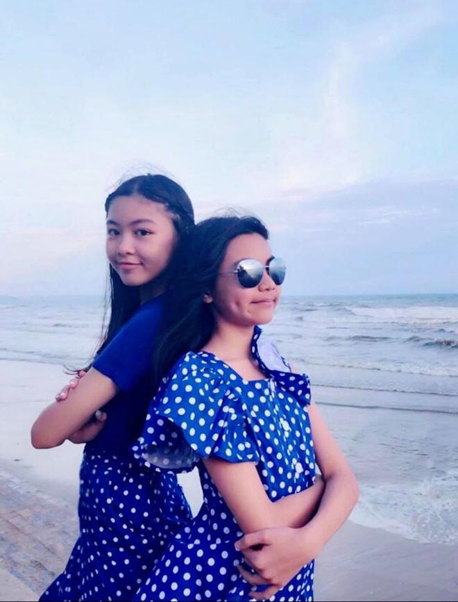2 công chúa nhà Quyền Linh: Cô chị ra dáng Hoa hậu, cô em cũng cao lớn vượt trội chuẩn mỹ nhân Vbiz tương lai-5