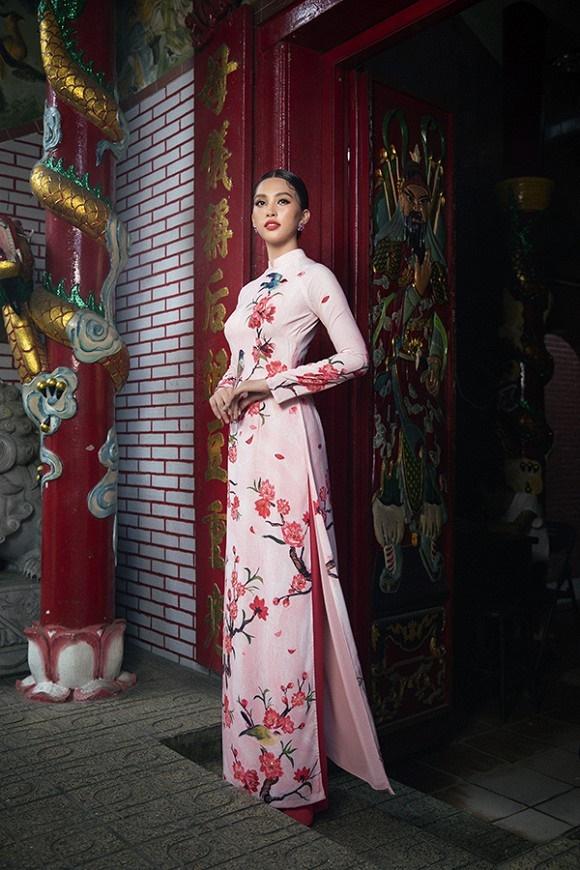 Chuẩn gương mặt đẹp nhất năm, Tiểu Vy lại tung bộ ảnh mới trong trang phục truyền thống-10