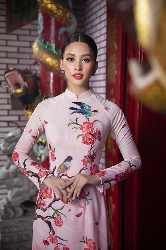 Chuẩn gương mặt đẹp nhất năm, Tiểu Vy lại tung bộ ảnh mới trong trang phục truyền thống-12