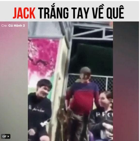 Dân mạng rần rần clip Jack bật khóc khi tâm sự với người thân ở quê: Sau những sóng gió, nam ca sĩ sẽ buông bỏ tất cả?-1
