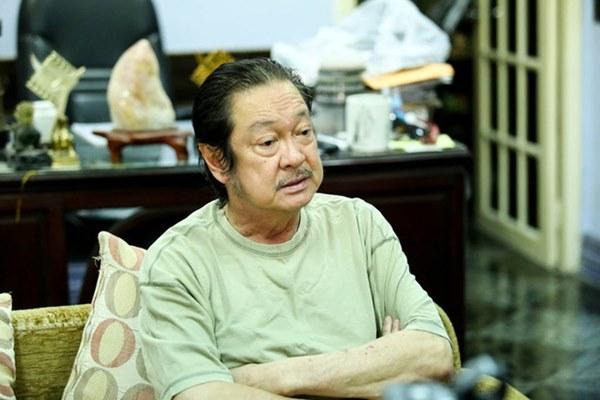 Những giọt nước mắt rơi trong lễ tang nghệ sĩ Nguyễn Chánh Tín: Tuần trước anh còn rủ đi nhậu, vậy mà giờ không còn-17