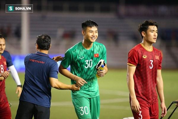 Nội soi U23 Việt Nam: Nắm trong tay 3 người khổng lồ, thầy Park vẫn lo bệnh cũ tái phát-1
