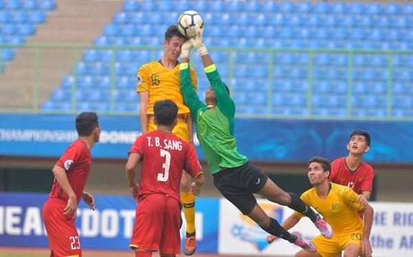 Nội soi U23 Việt Nam: Nắm trong tay 3 người khổng lồ, thầy Park vẫn lo bệnh cũ tái phát-3
