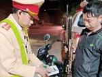 Lái xe từ chối thổi vào máy đo nồng độ cồn sẽ bị phạt tới 40 triệu đồng-1