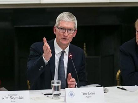 'Cáo già' Tim Cook được Apple trả lương bao nhiêu?