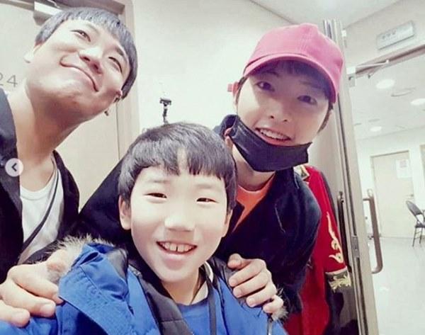 Hậu ly hôn, Song Hye Kyo trở thành nhiếp ảnh gia, vậy còn Song Joong Ki thì sao?-7