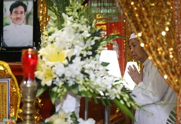 Vợ cố nghệ sĩ Chánh Tín: Anh nói tim thắt lại, đau quá-1