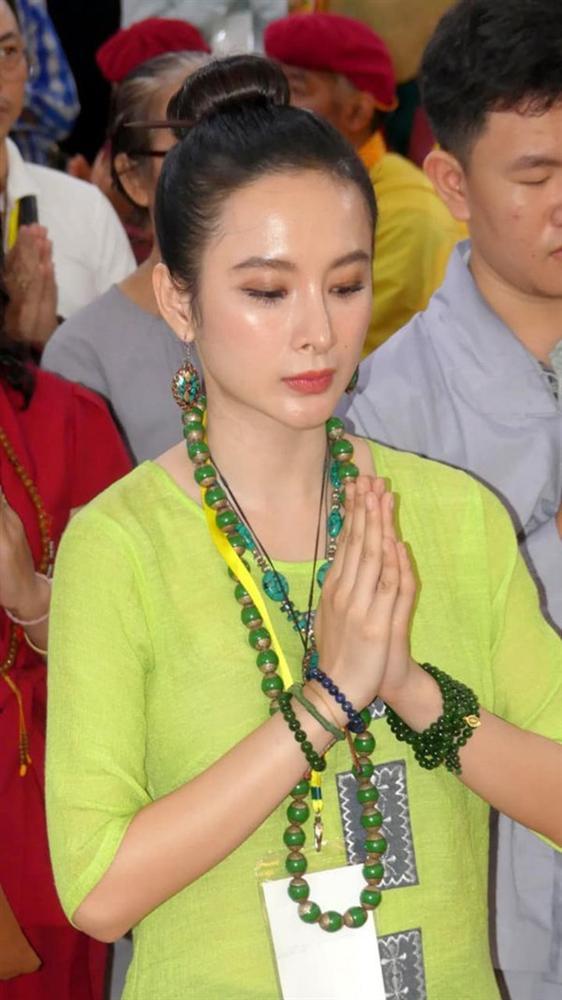 Sự thay đổi của dàn mỹ nhân từng ngụp lặn trong scandal: Khả Ngân, Kỳ Duyên gây dựng hình ảnh mới, bất ngờ nhất là Angela Phương Trinh-7