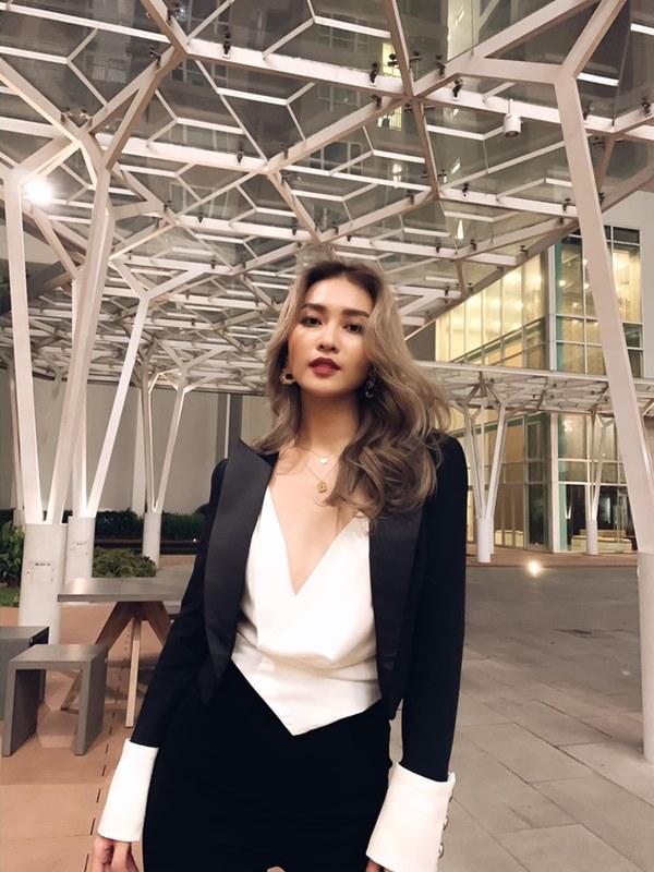 Sự thay đổi của dàn mỹ nhân từng ngụp lặn trong scandal: Khả Ngân, Kỳ Duyên gây dựng hình ảnh mới, bất ngờ nhất là Angela Phương Trinh-23