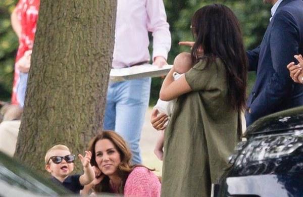 2020, Công nương Kate muốn con của cô và Meghan gặp nhau nhiều hơn và ẩn ý phía sau-4