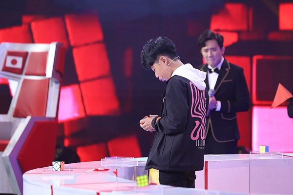 Cậu bé Việt 14 tuổi đại thắng siêu rubik Nhật Bản 29 tuổi ở Siêu trí tuệ-4