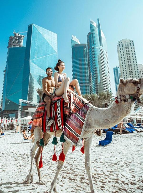 Ngọc Trinh diện bikini dạo biển Dubai-8