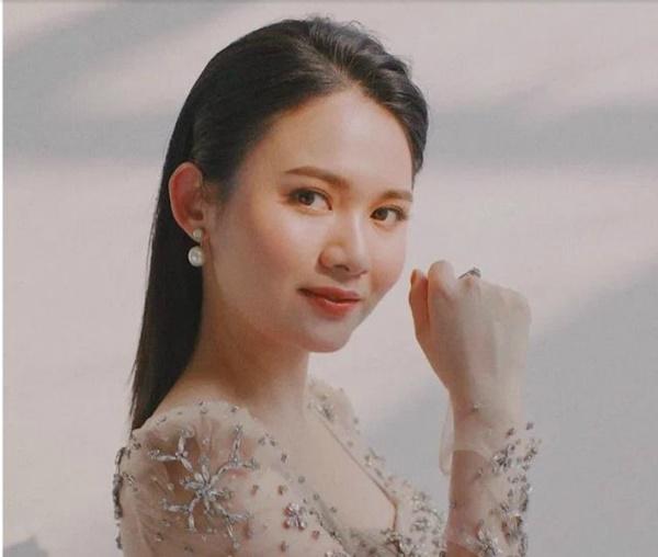 Đám cưới 54 tỷ ở Quảng Ninh: Lộ danh tính nhân vật chính, cô dâu có nhan sắc cực phẩm-6