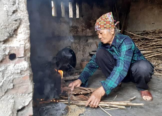 Tình yêu cháy bỏng của bà mẹ nghèo với cậu con trai tâm thần suốt hơn 30 năm-7