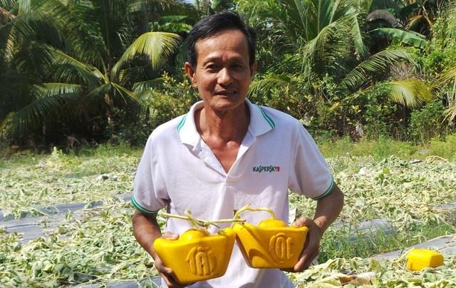 Vua trồng dưa hấu thỏi vàng bán 350 cặp dưa… thu về hơn 1 tỷ-1