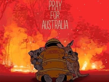 Mạng xã hội ngập ảnh bầu trời đỏ do cháy rừng ở Australia