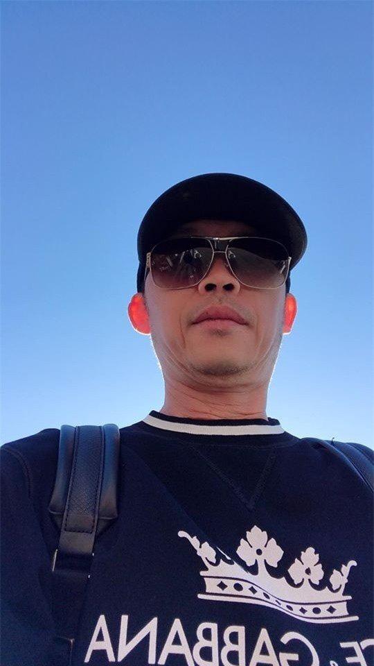 Hoài Linh chơi lớn, mặc toàn hàng hiệu, loạt ngôi sao nổi tiếng bình luận rôm rả-2