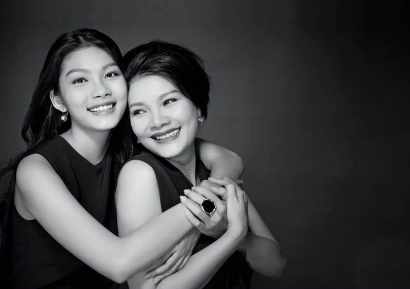 Con gái nữ hoàng cảnh nóng phim Việt ngoài đời gợi cảm khó ngờ-1