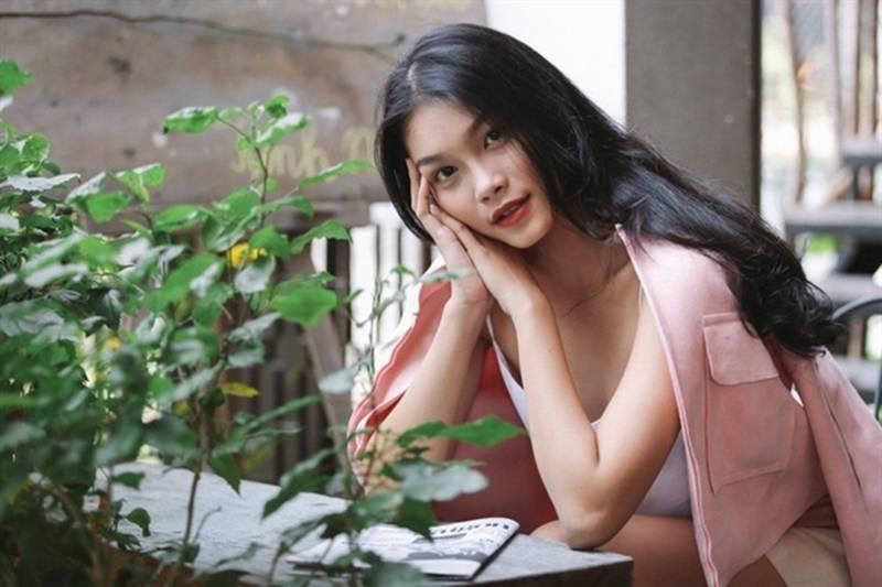 Con gái nữ hoàng cảnh nóng phim Việt ngoài đời gợi cảm khó ngờ-3