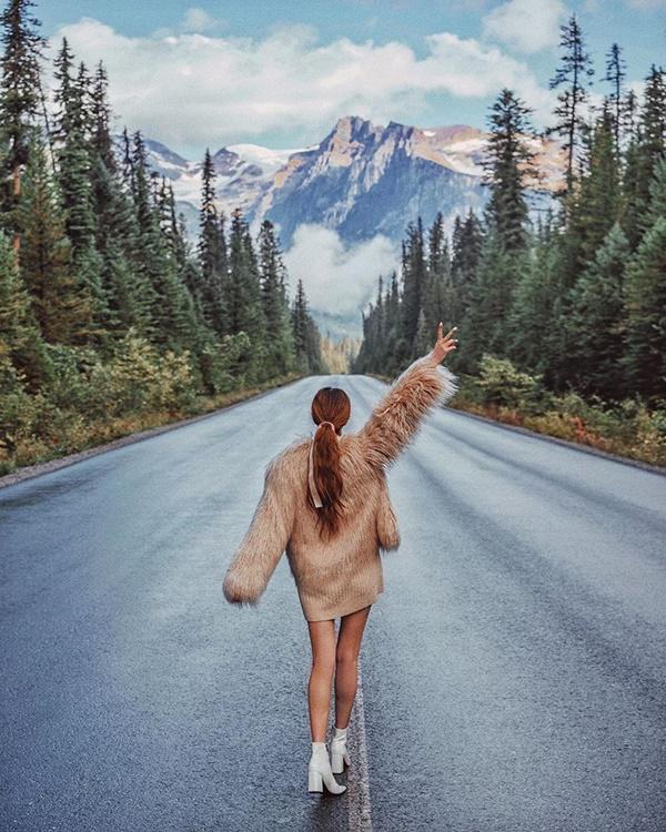 Choáng với nữ blogger kiếm 18 tỷ một năm nhờ đi du lịch khắp thế giới, đăng một bức ảnh nhận 240 triệu-6