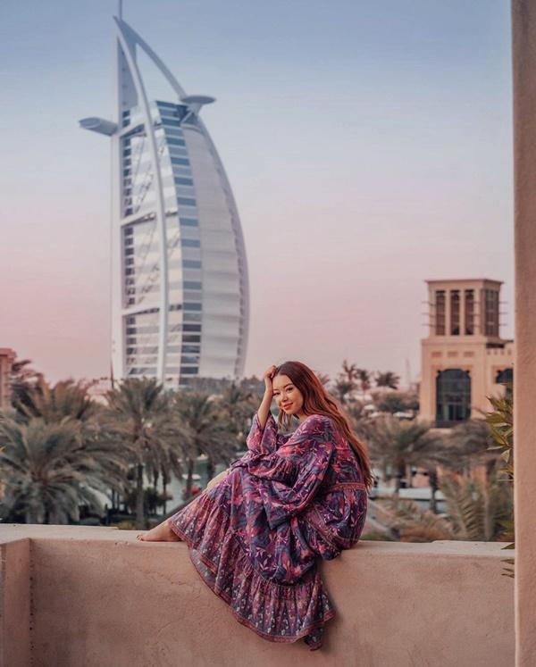 Choáng với nữ blogger kiếm 18 tỷ một năm nhờ đi du lịch khắp thế giới, đăng một bức ảnh nhận 240 triệu-7