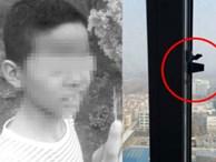 Đứa bé 9 tuổi chết tức tưởi vì tựa người vào cửa sổ tầng 30, nguyên nhân hành động kia khiến người lớn đau lòng