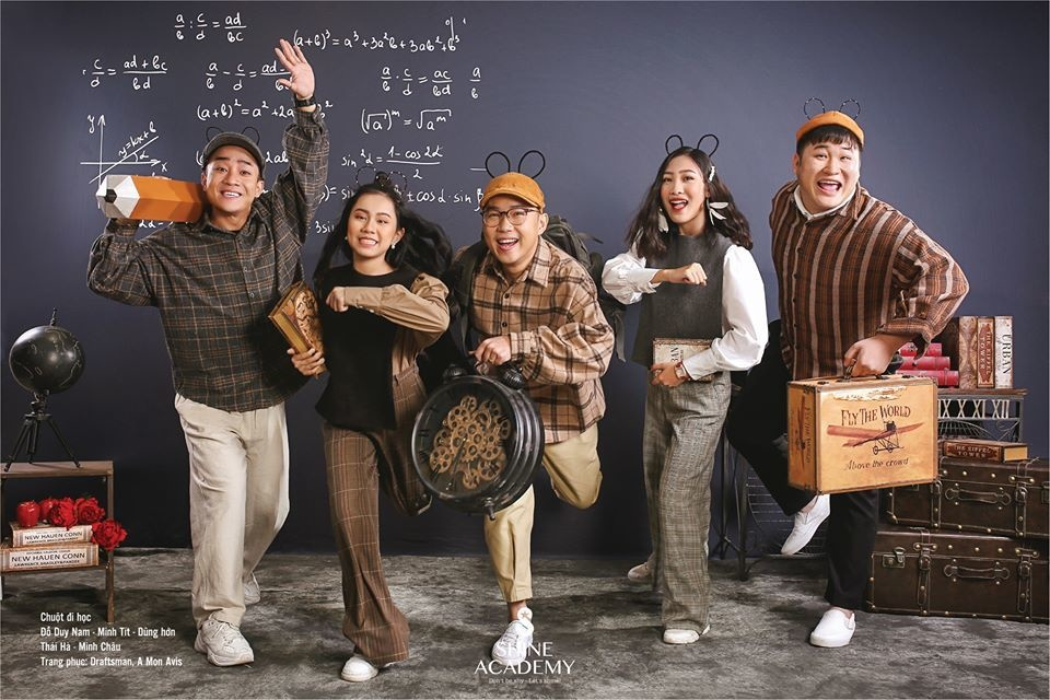 Thu Quỳnh khoe vòng 1 gợi cảm trong ảnh lịch đón năm mới-9