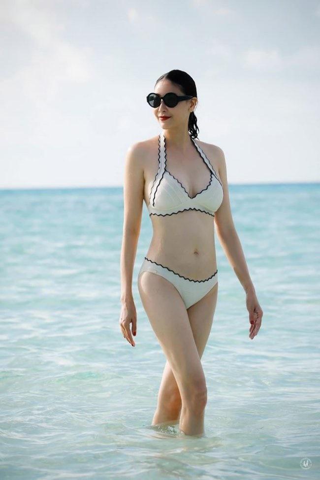 3 Hoa hậu giàu nhất VN: Biệt thự 100 tỷ của Hà Kiều Anh chưa bằng mỹ nhân có cung điện dát vàng-11