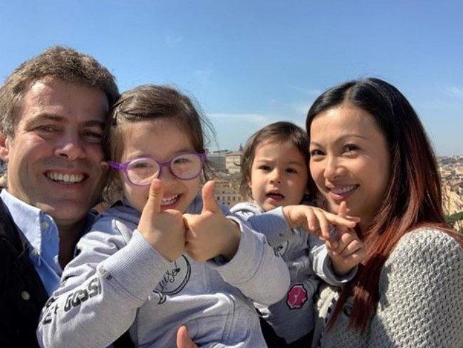 3 Hoa hậu giàu nhất VN: Biệt thự 100 tỷ của Hà Kiều Anh chưa bằng mỹ nhân có cung điện dát vàng-19