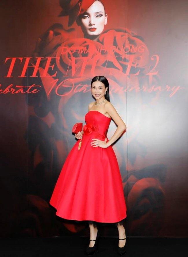 3 Hoa hậu giàu nhất VN: Biệt thự 100 tỷ của Hà Kiều Anh chưa bằng mỹ nhân có cung điện dát vàng-20