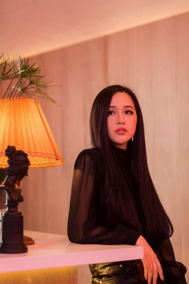 3 Hoa hậu giàu nhất VN: Biệt thự 100 tỷ của Hà Kiều Anh chưa bằng mỹ nhân có cung điện dát vàng-27