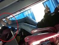 Đôi chân hư trên chiếc xe giường nằm và cảnh tượng khiến tất cả bức xúc