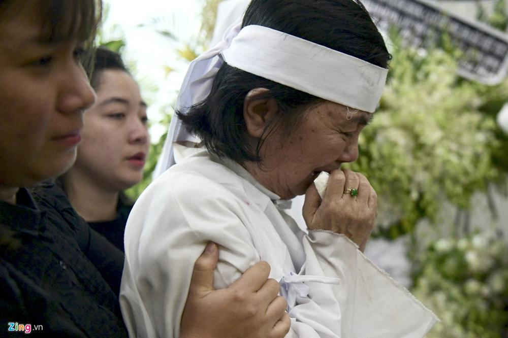 Lễ tang Chánh Tín: Con trai về muộn, khóc òa trước linh cữu cha-2