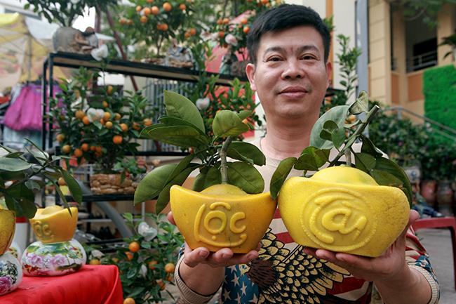 Bưởi Diễn hình thỏi vàng in chữ Tài - Lộc giá 1,5 triệu/cặp chơi Tết-2