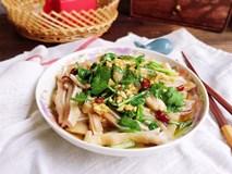Chiều 30 Tết nịnh chồng với món tai heo trộn chua ngọt siêu ngon