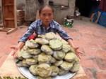 Bà Tân Vlog làm món trứng khổng lồ chiên nước mắm, dân mạng tinh ý phát hiện sự kết hợp nguyên liệu dễ gây ngộ độc-5