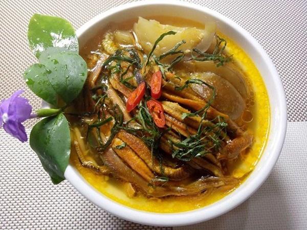 Mẹ đảm trổ tài nấu các món ngon từ lươn, chồng con khen nức nở-9