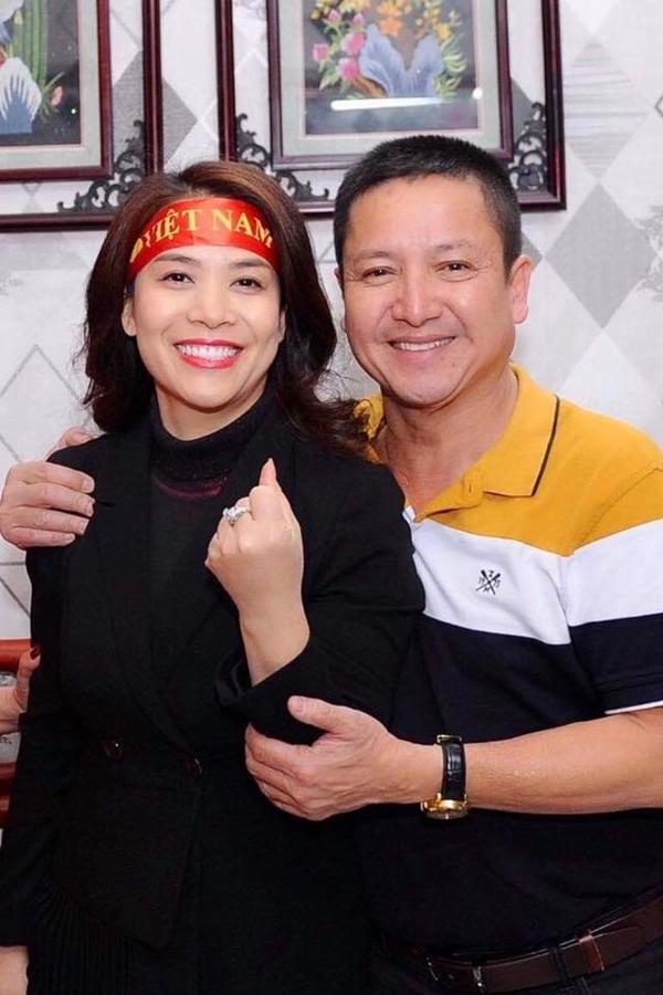 Danh hài Chí Trung đã ly hôn người vợ gắn bó hơn 30 năm, có bạn gái mới là doanh nhân-2