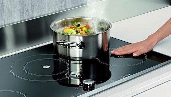 Sự thật việc sử dụng bếp từ dễ gây ung thư-1