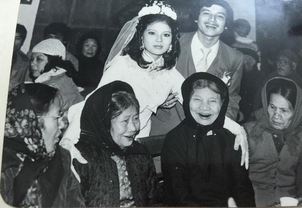 Chuyện tình đẹp hơn 30 năm của Chí Trung - Ngọc Huyền-1
