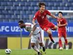 Fan Việt phản ứng cực gắt khi cầu thủ UAE phạm lỗi thô bạo với tiền đạo Hà Đức Chinh-14