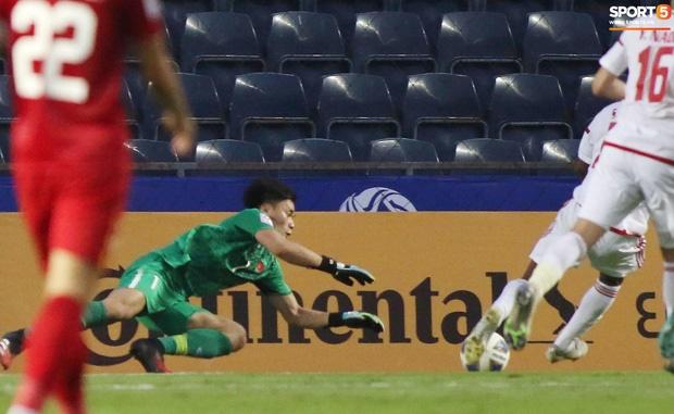 Báo UAE tiếc hùi hụi, ngầm tố VAR đã giúp U23 Việt Nam thoát thua-1