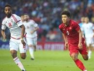 Fan Việt phản ứng cực gắt khi cầu thủ UAE phạm lỗi thô bạo với tiền đạo Hà Đức Chinh