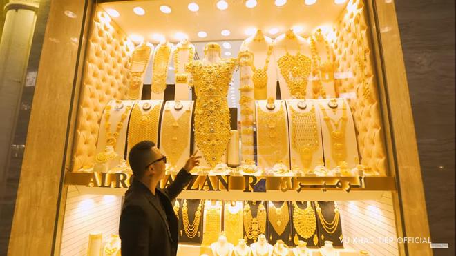 Vũ Khắc Tiệp hào hứng: Tôi sẽ mua chiếc nhẫn vàng 5,17 kg để cầu hôn Ngọc Trinh-3