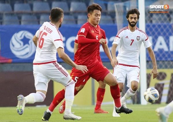 Tuyển thủ U23 Việt Nam hành động thiếu kiềm chế với trọng tài chính ở VCK U23 châu Á 2020-4