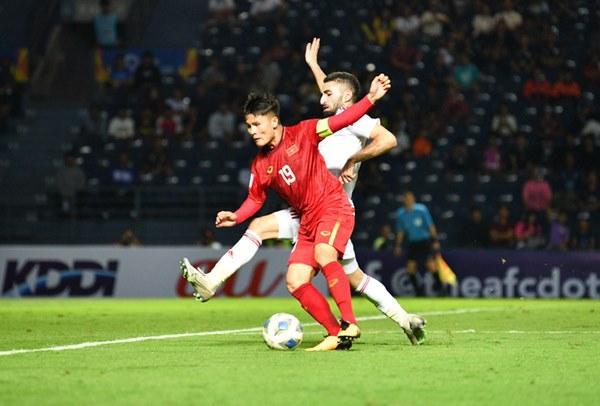 U23 Việt Nam gãy cánh, nhưng chưa đáng lo bằng việc Quang Hải bị phế võ công-8